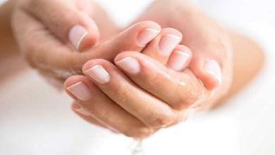 صورة 3 وصفات طبيعية للتخلص من اسمرار اليدين