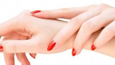 صورة الحل السحري للتخلص من تجاعيد اليدين