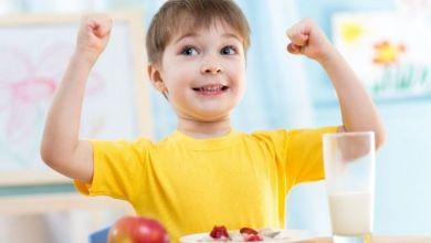 صورة 4 أطعمة لتحسين وظيفة دماغ  طفلك