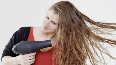 صورة 5 عادات يومية تتسبب في جفاف الشعر