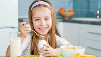 صورة 10 أطعمة غذائية تساعد طفلك على النمو.. تعرفى عليها