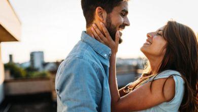 صورة إليك أبرز علامات إخفاء الحب عند الرجل