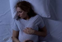 صورة أسباب طبيعيّة للتعرق الليلي خلال الحمل