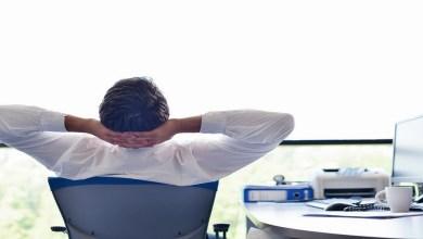 صورة كيف تستعيد طاقتك للعودة إلى العمل بعد العطلة الصيفية؟