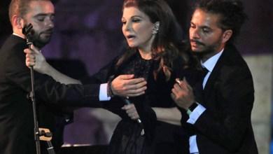 """صورة """"فستان"""" سبب اغماء ماجدة الرومي على مسرح جرش"""
