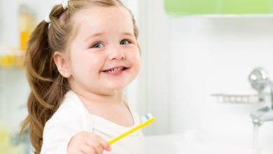 صورة للأمهات.. حافظي على أسنان طفلك من التسوس في 8 خطوات سهلة