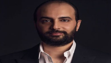صورة طليق أسماء لمنور يخرج بتصريحات صادمة عن علاقته بإبنه