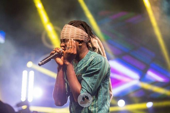 Stonebwoy performing at Menzgold, Zylofon Media Naija Invasion Concert