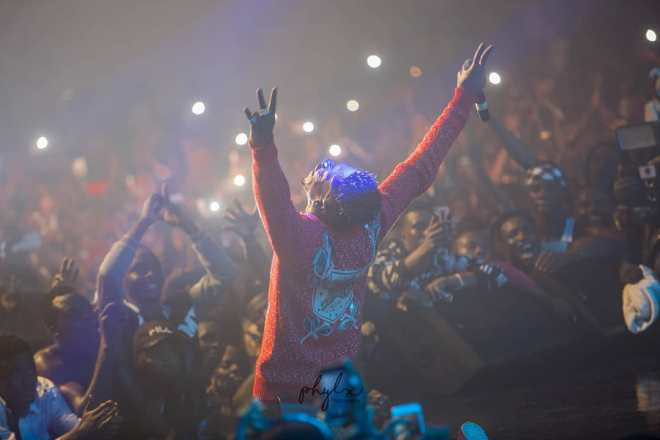 Shatta Wale performing at Reign album concert