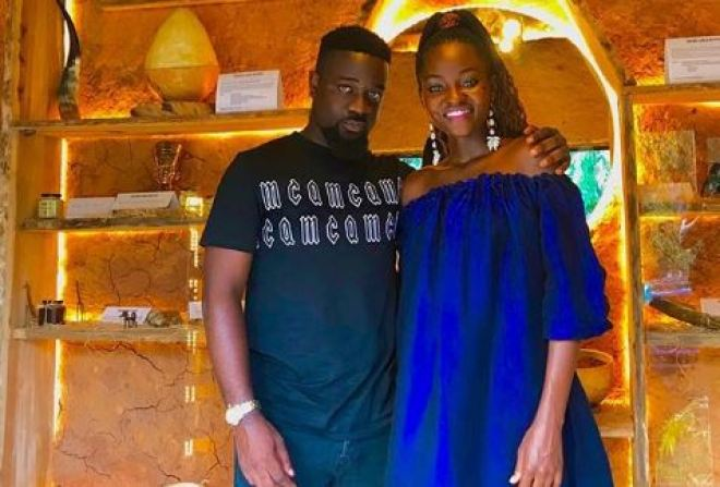 Sarkodie with Hamamat