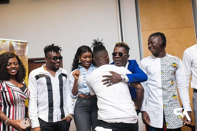 Kelvyn Boy snubs Wendy Shay