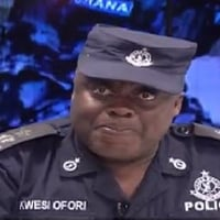 Police search for man who handed pistol to Stonebwoy