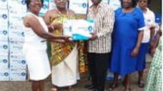Kwakwaduam Association donates health materials to hospitals in Akwapim, Prampram