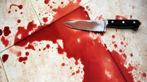 Woman Stabs Husband to Death and Escape with Son