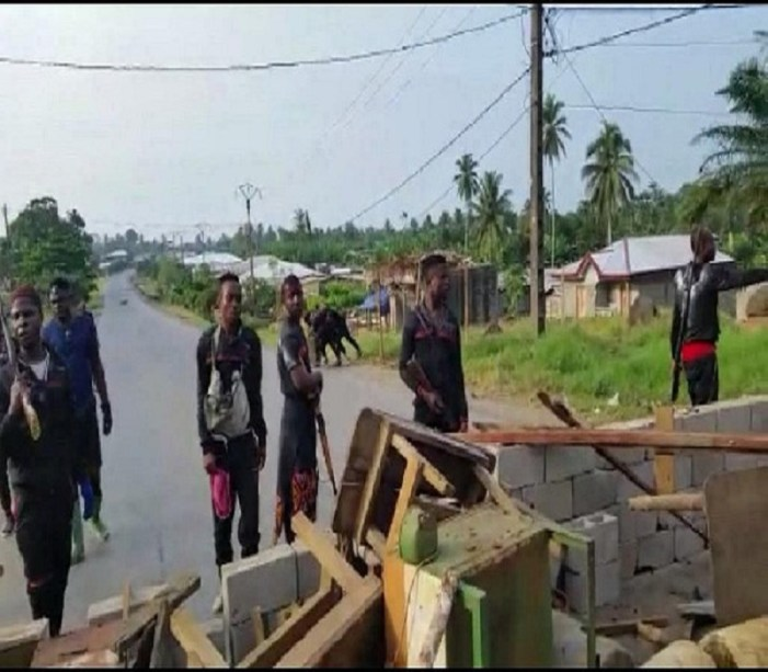 Four burnt to death in Cameroon hospital attack