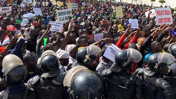 Thousands of Malians demonstrate to demand end to massacres