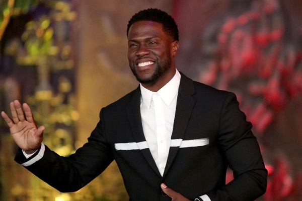 Kevin Hart makes first public appearance after car accident