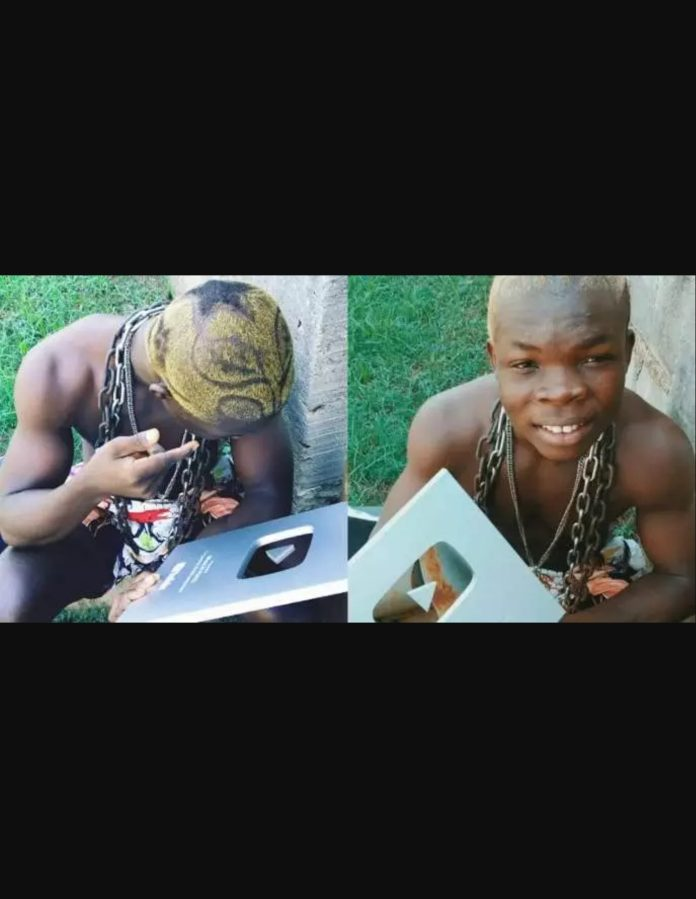 AY Poyoo Receives Plaque For YouTube Record