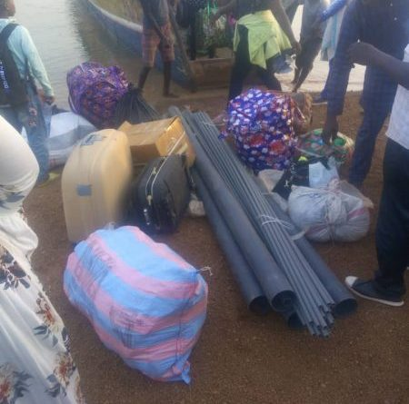 Passengers Stranded at Oti River