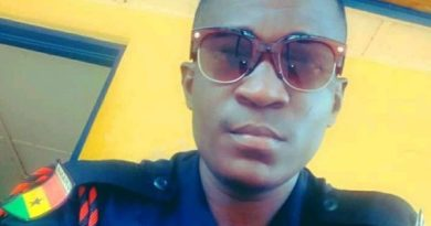 Policeman 'boozes' to DEATH on New Year day