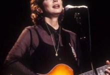 Folk Singer-Songwriter Nanci Griffith Dead at 68