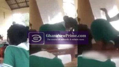 Ghanaian Nurses demonstrate proper doggy style in classroom [Video]