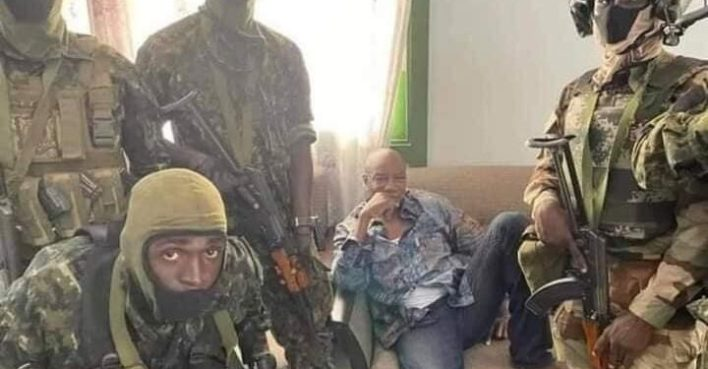 Guinea's coup: President Alpha Conde arrested [Videos + Pictures]