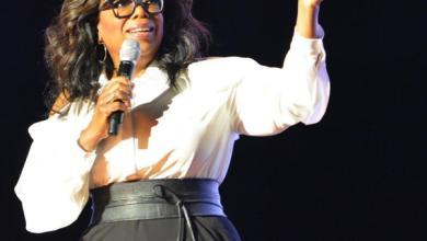 Photo of Oprah Winfrey Donates $10 million to help fight coronavirus
