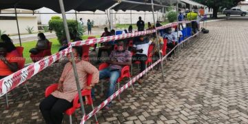 Photo of Pause voter registration exercise to prevent more COVID-19 deaths – Health professionals to EC