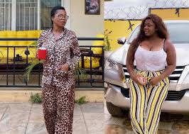 Photo of I don't know the man Tracey Boakye says we are dating – Mzbel Clarifies
