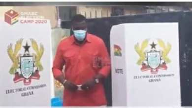 Photo of Video: John Dumelo finally casts his vote (Watch)