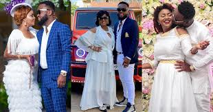Photo of Hot Gossip: Maxwell Mensah allegedly threatens to divorce Nana Ama McBrown