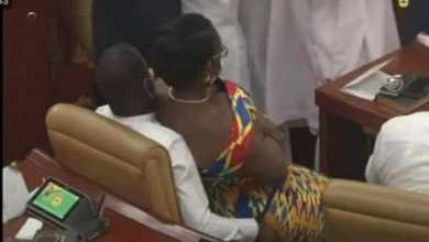 Photo of This is why I sat on the laps of Mintah Akandoh – Ursula Owusu reveals