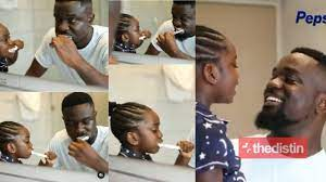 Photo of Sarkodie And His Daughter, Titi Featured In New Pepsodent Advert – Video