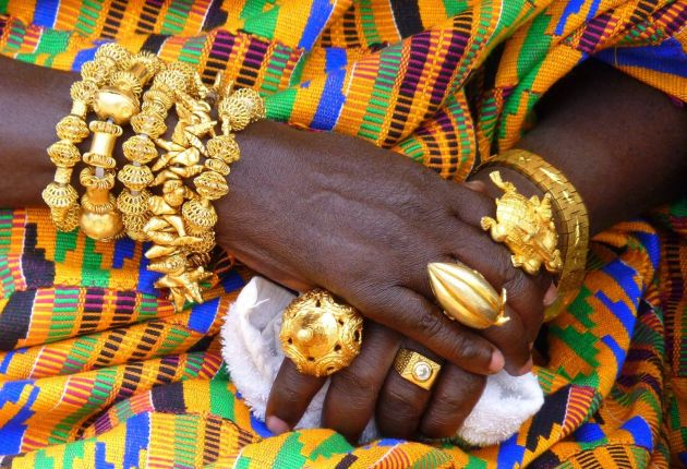 Akwasidae Festival is celebrated by the Ashanti people and chiefs in the Ashanti Region. Ashantis in the diaspora also celebrate this festival which comes on a Sunday, once every six weeks
