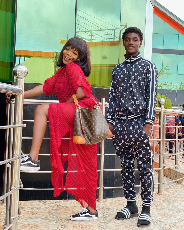 Mzbel and first son