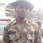 Unbelievable! Dismissed, serving soldiers, policemen fight for escort jobs