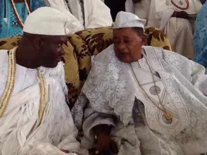 Ooni of Ife‎, Oba Ogunwusi, on Sunday, became the first Ooni to visit Oyo town since 1937. He visited the Alaafin of Oyo, Oba Lamidi Adeyemi III, to grace his 45th coronation anniversary thanksgiving, held at the Methodist Church, Apaara, Oyo State.