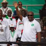 """Election 2016 will be """"hard"""" but remain focused – Mahama"""