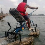 Young Ghanaian invents bicycle that moves on water