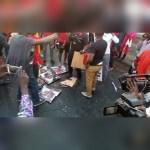 Menzgold customers burn Akufo-Addo's images in Kumasi (Video)