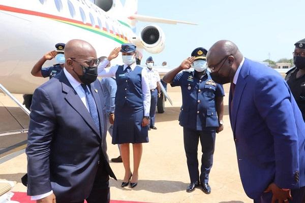 Vice President Mahamudu Bawumia (right) bids President Akufo-Addo farewell