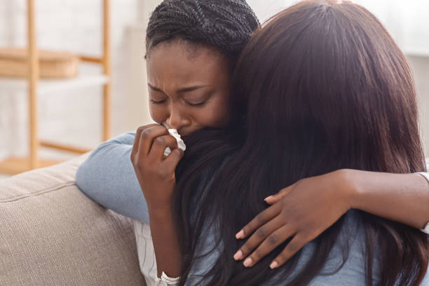 Young lady Weeps Uncontrollably After Her Boyfriend of five years Broke Up With her