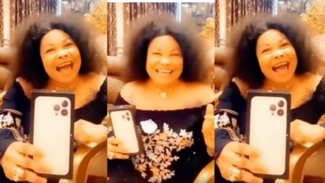 """""""Aboozigi If You have money, go buy one"""" – Nana Agradaa Says After Her New iPhone 13 Pro Max Arrived (Watch Video)"""