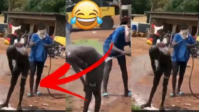 Man Visits The Washing Bay For Them To Bath Him Well (Watch Video)