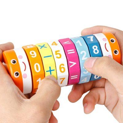 Joc din lemn cilindru cu operații matematice