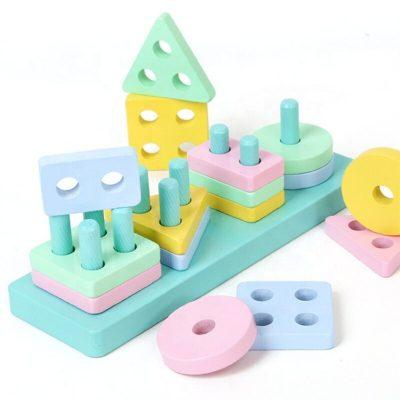 Jucărie sortator din lemn cu forme geometrice în culori pastelate