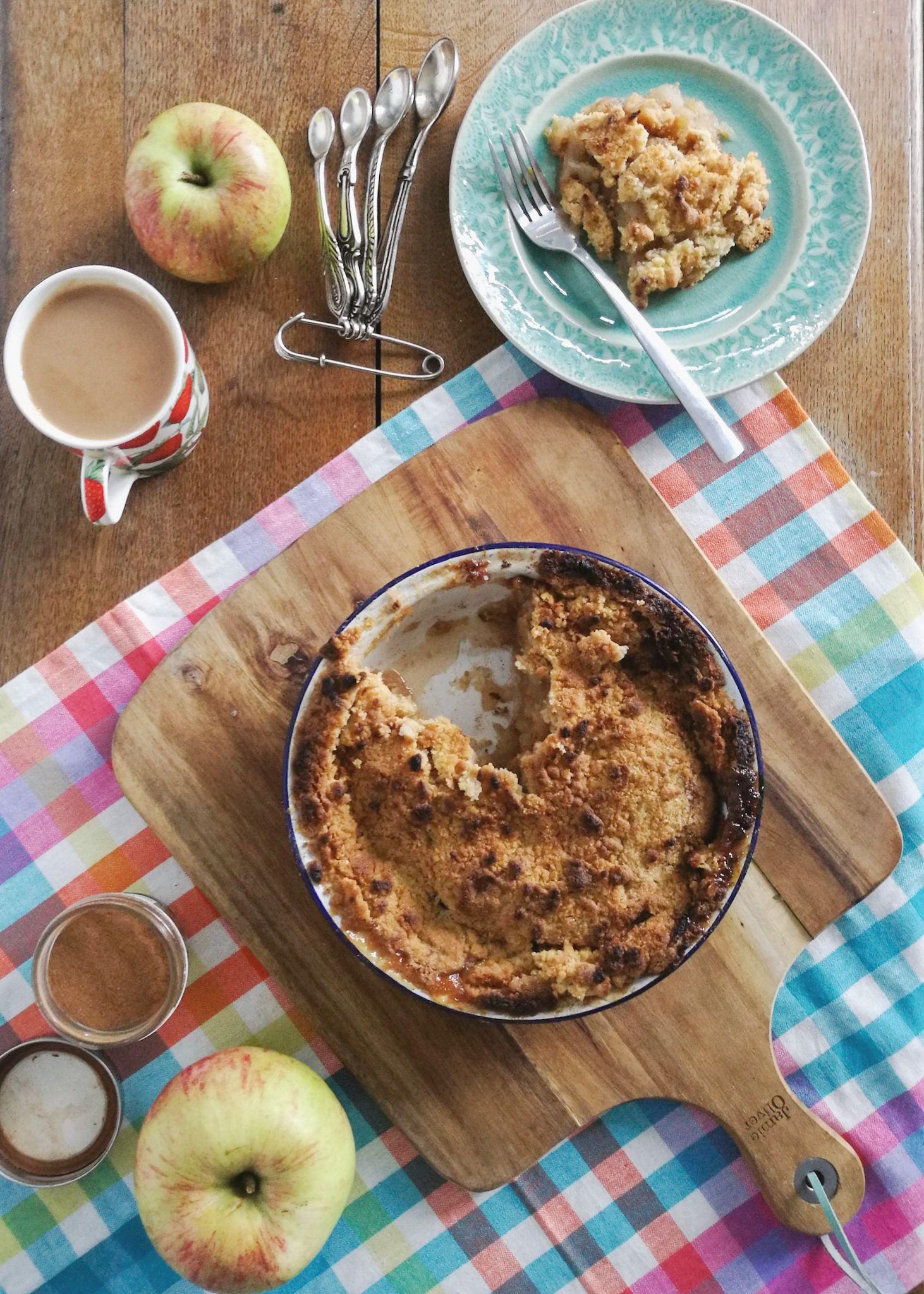 Ghenet Actually || Granny's Apple Crumble Recipe