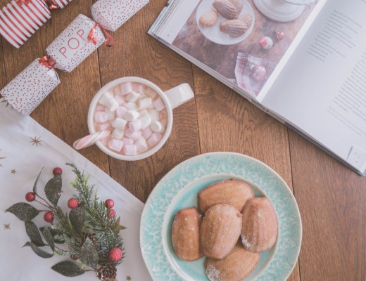 Ghenet Actually || Christmas Spice Madeleines