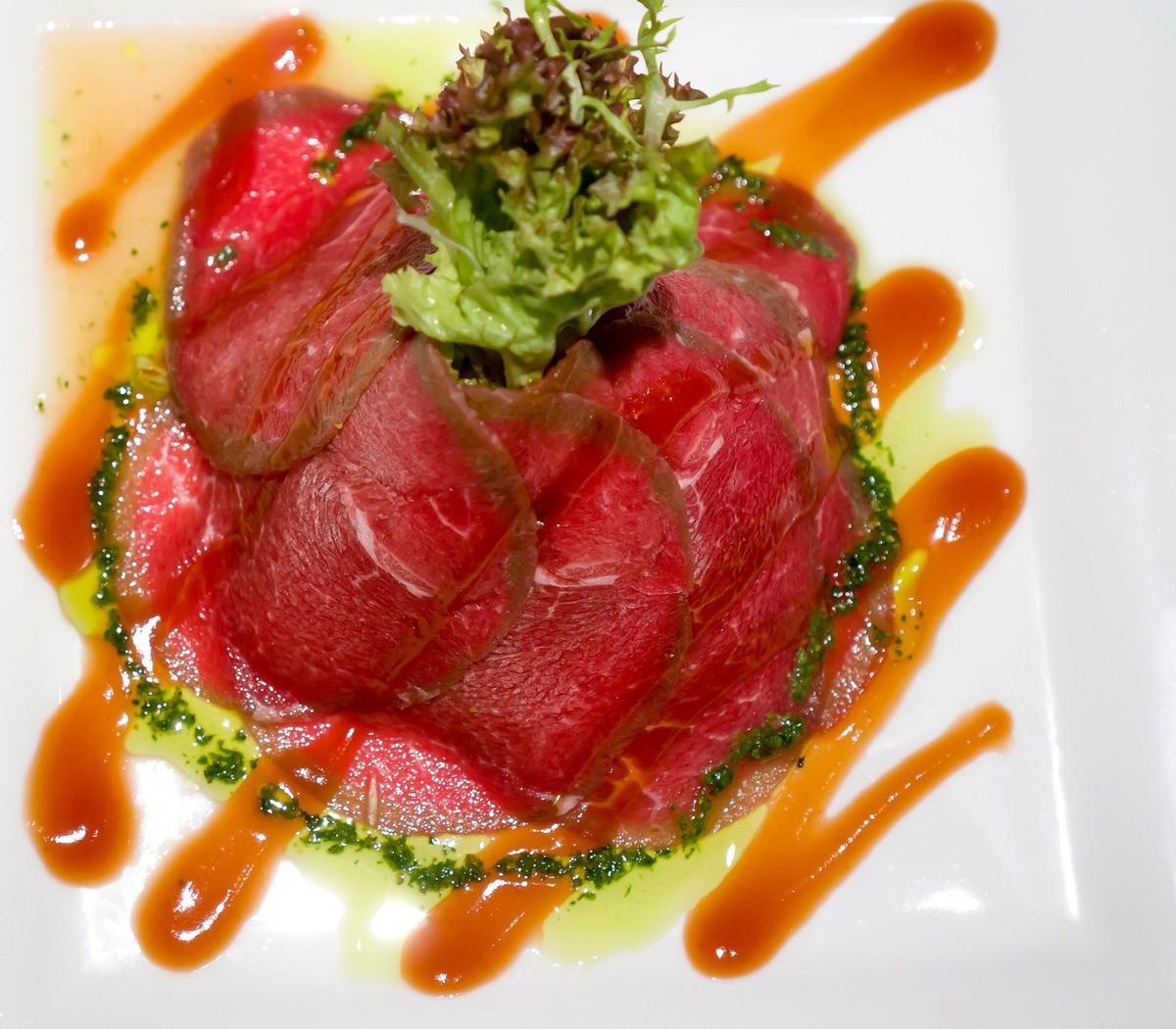 salat is siroi goviadini tailand